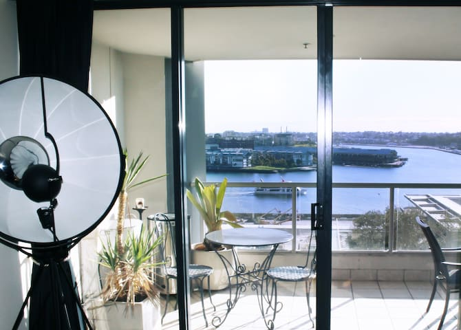 Luxury & Chic Apt with Balcony on Sydney Harbour - Millers Point - Appartement