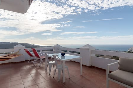 Sea views, pool, big terrace!