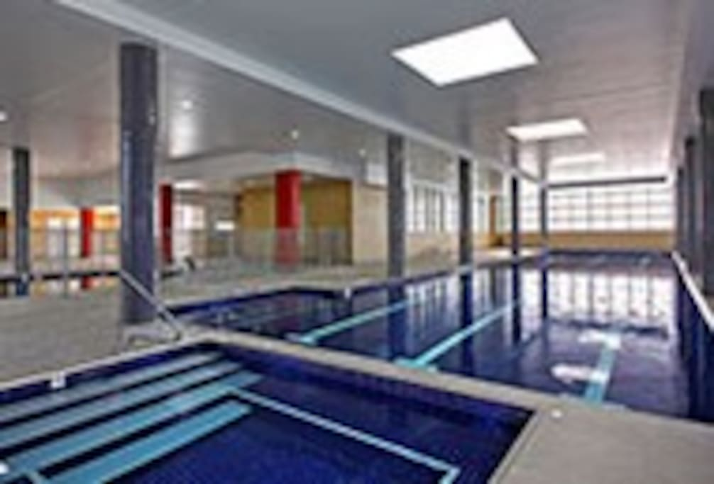 pool, spa, sauna and gym included.