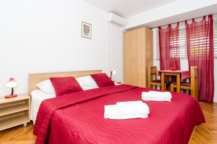 Red double room,shared bathroom