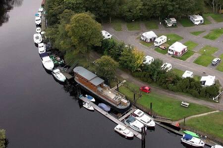 York HouseBoat Delightful Luxury-Ensuite Bathroom - Bishopthorpe