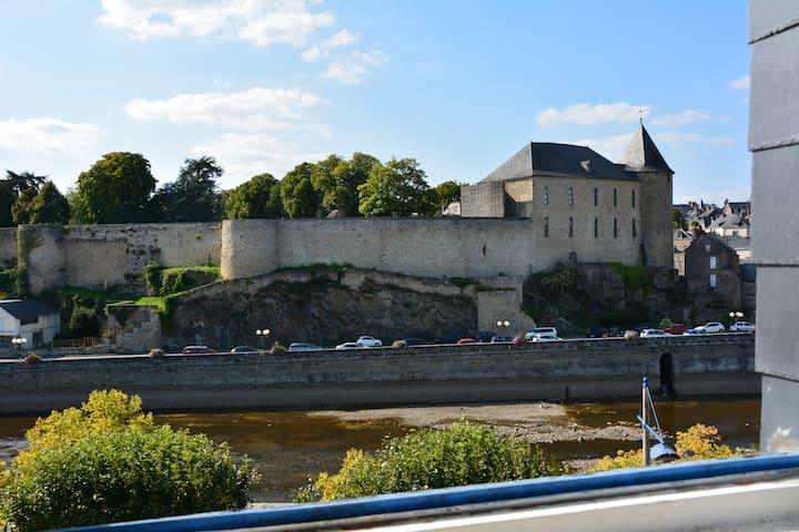 maison dans le centre ville - Mayenne - Hus