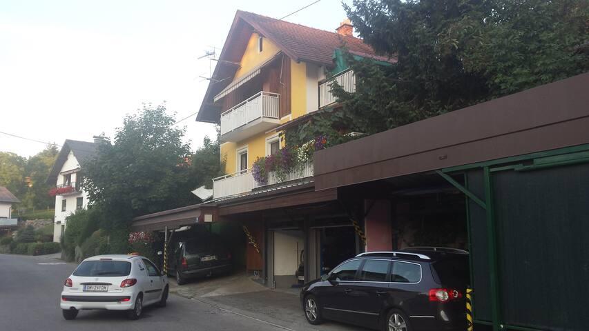 Ferienwohnung Krottensee - Gmunden - House