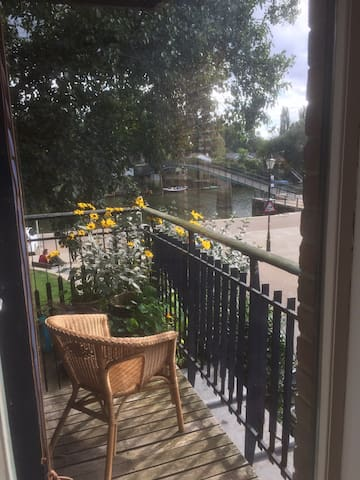 Twickenham Riverside double room with river views - Twickenham - House