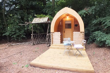 Hollingtonpark Glamping - Daisy - Zomerhuis/Cottage