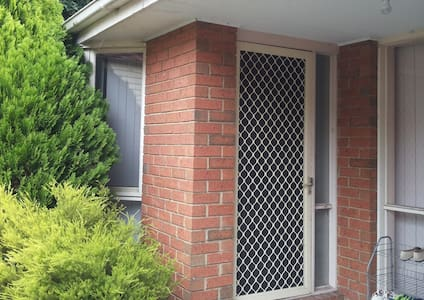 B16. Boys room $17/night - Box Hill North