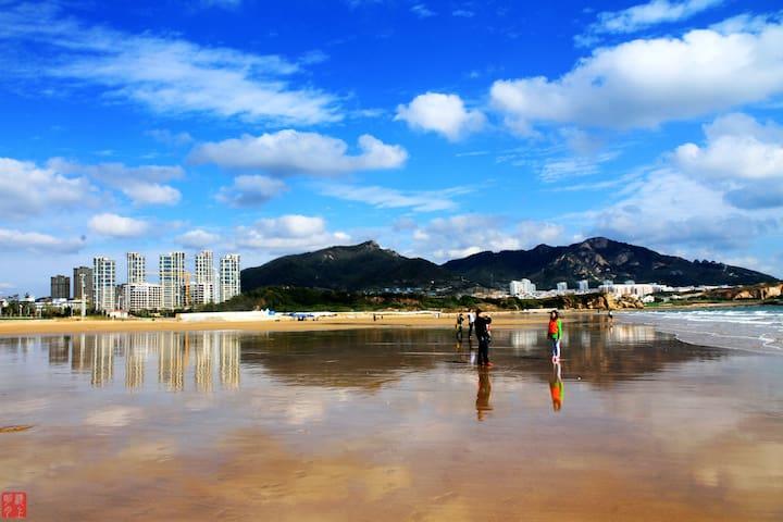 啤酒城石老人海水浴场一分钟到沙滩无敌海景167平 - Qingdao Shi - Apartment