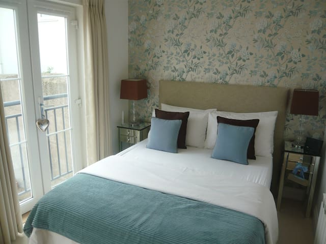 Double room in St Saviour Jersey - St Saviour, Jersey - Dům