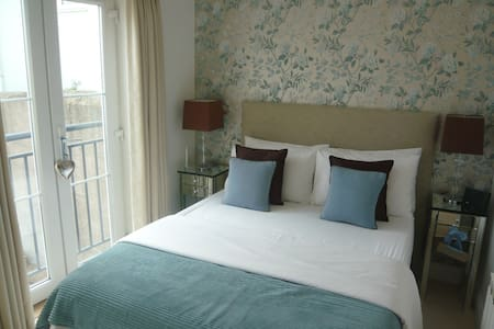 Double room in St Saviour Jersey - St Saviour, Jersey