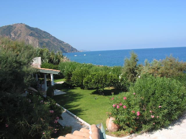 The Garden over the Sea - Villa - Gioiosa Marea - Villa