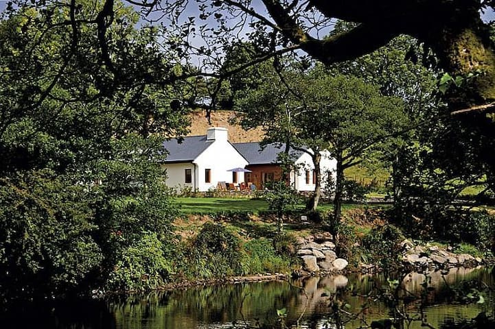 Rivers Edge Lodge - Kenmare - House