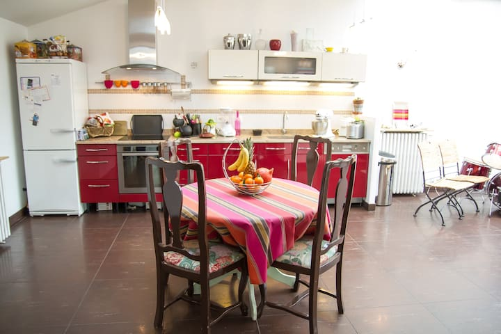 QUIET  and Nice House for a Familly - Vanves - House
