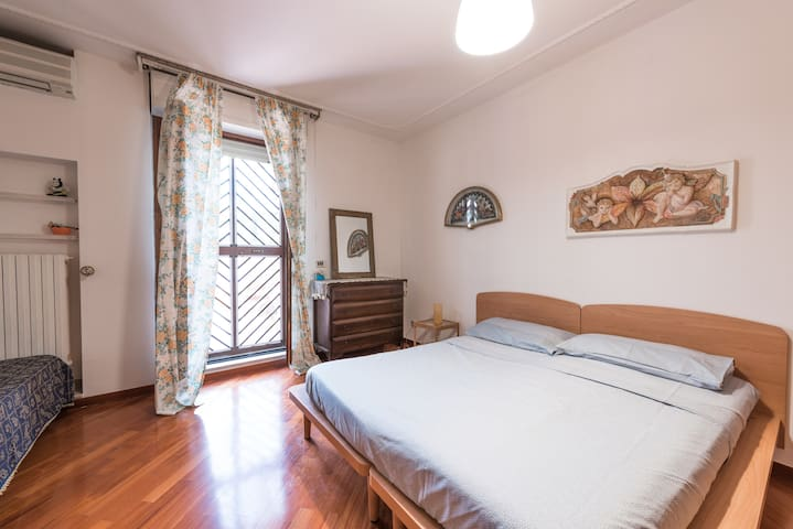 Beautiful 100mq Loft Bari Centre - Bari - Apartamento