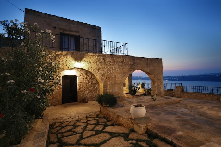 Villa Thea with private pool (3 bedrooms villa)