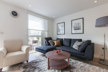 The Hoxton (1)  - 3 Bed - London - Apartment