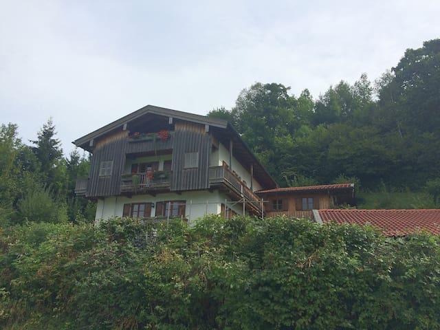 Ferienwohnung mit Bergblick - Fischbachau - Apartamento
