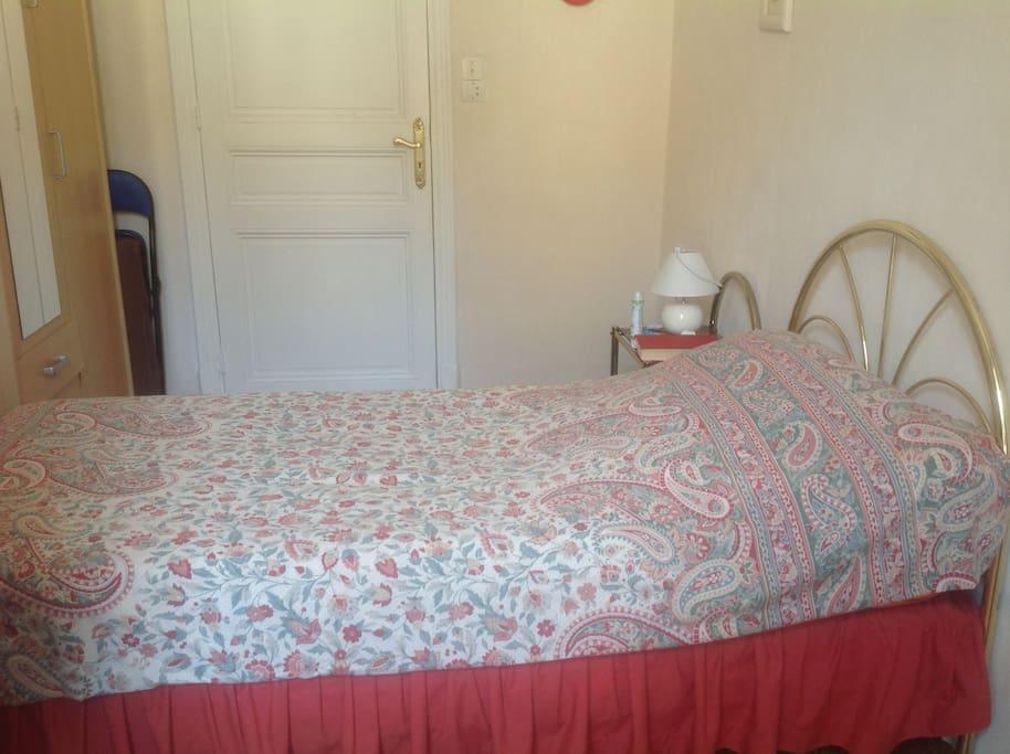 Chambre confortable acropolis appartements louer for Chambre a louer nice