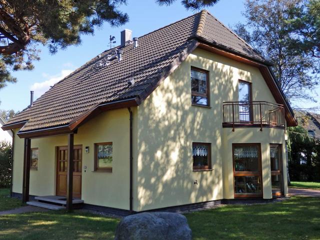Strandhaus Donnerkeil - Dierhagen - Hus