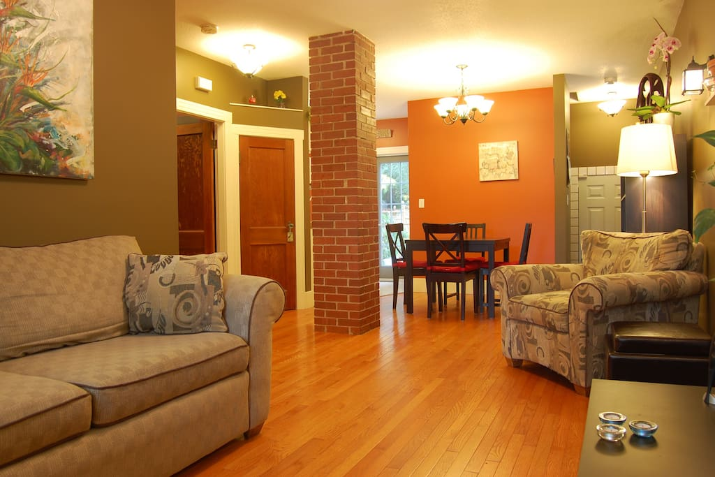 Open concept dining area, living room, and kitchen.
