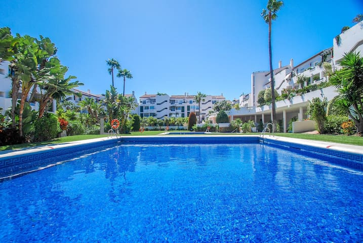 Spacious apartment walk 2 beach - Málaga - Apartamento