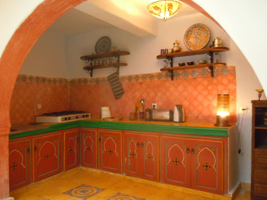 Ground floor, large fully equipped kitchen
