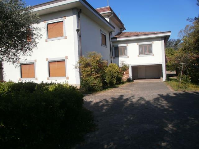 Residenziale vicino Salerno - Pontecagnano Faiano - Huis