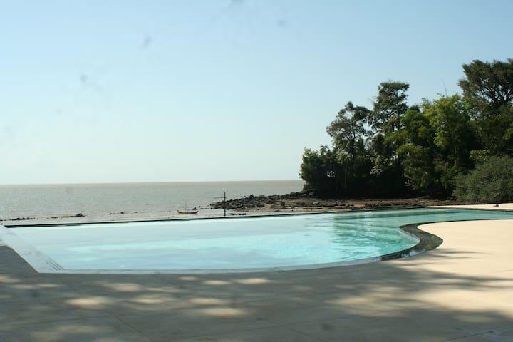 A melhor casa na praia do Paraíso em Mosqueiro - Mosqueiro