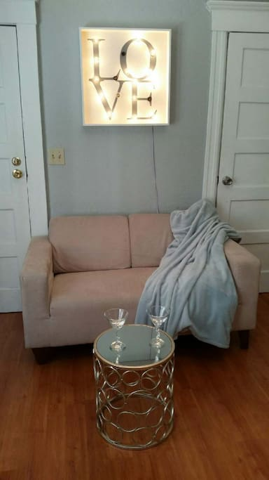 Comfortable loveseat for seating 2 people.