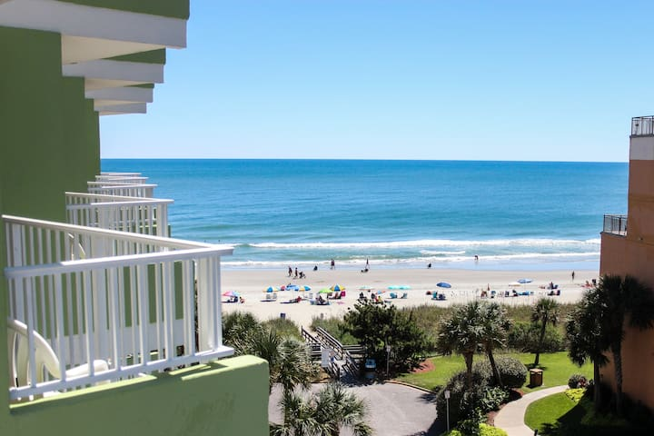 Oceanview & steps to Beach (Discount on ext. stay)