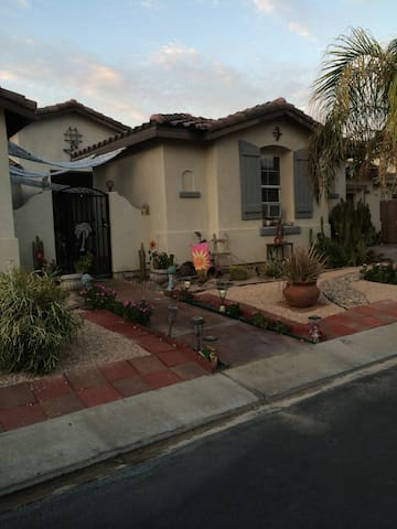 Carole's Cute Cozy Private Casita  - Indio