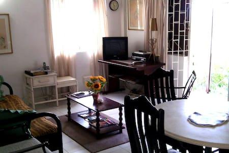 Morris Apartments - Lakás