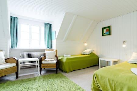 Bnb #4 charming village by Roskilde - Kirke Såby - Aamiaismajoitus