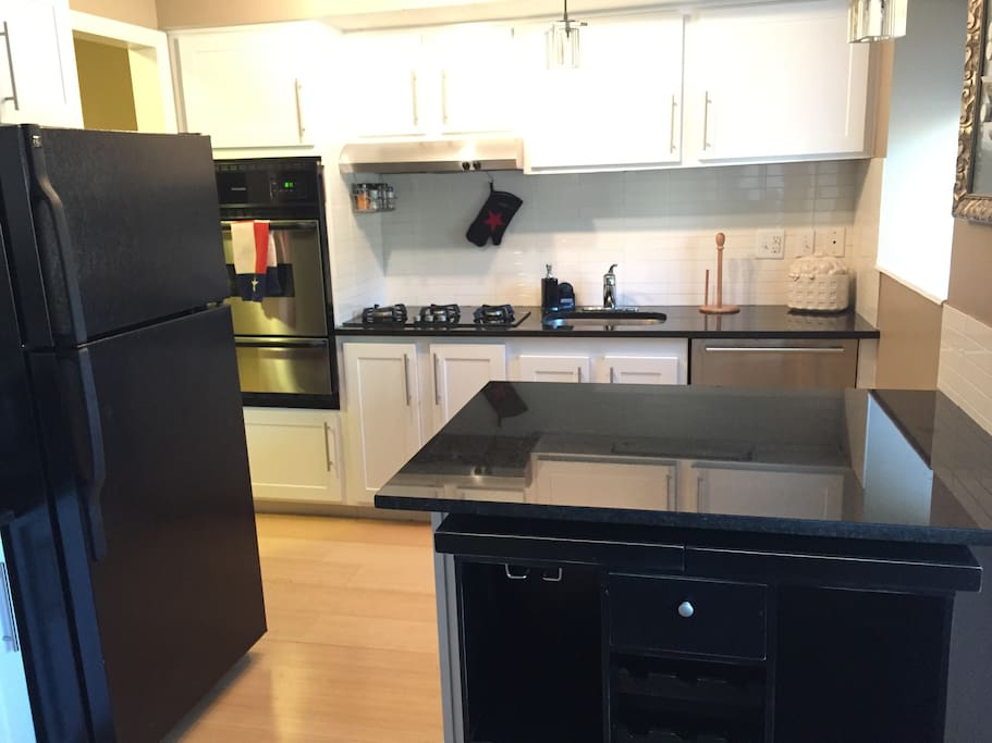 Fully furnished kitchen.  Granite counter tops.