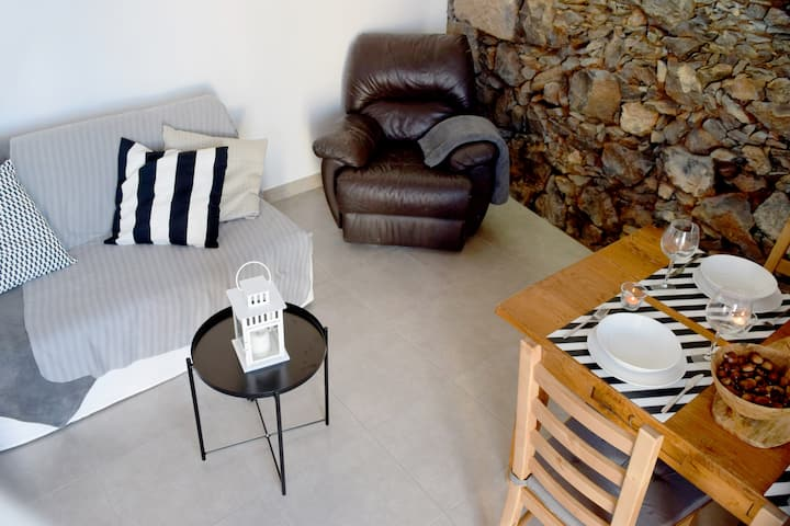 Beautiful Chalet with garden and barbecue area