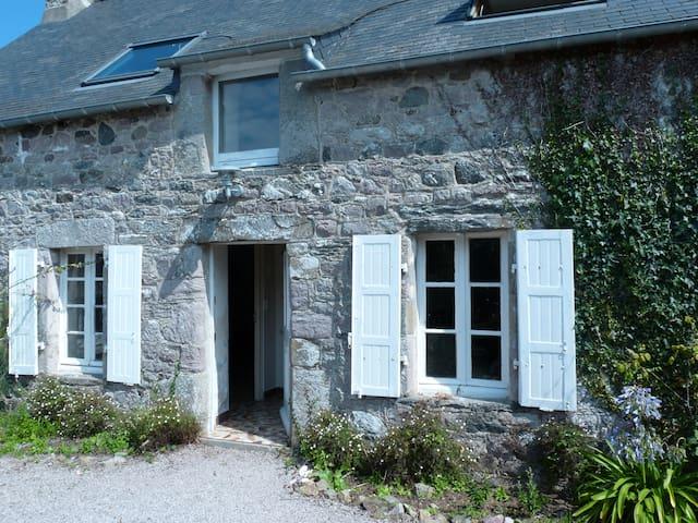 Cap Féhel, Jolie Maison Bretonne, Proche Plage - Plévenon - Rumah