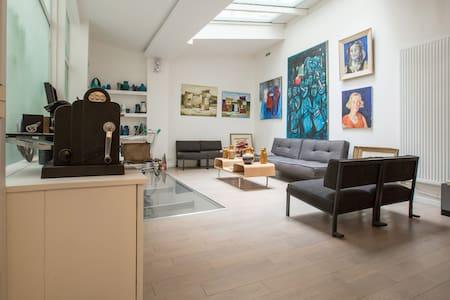 Ancien atelier dans le haut Marais - Paris - Loft