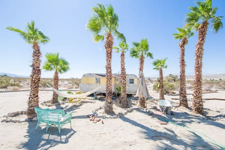hot springs desert HIDEAWAY $39UP BOOK NOW - SKY VALLEY