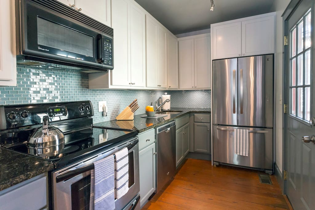 Here's the well-appointed kitchen.