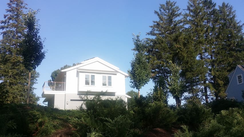 New Guest Suite w/ Lighthouse View! - Cape Elizabeth - Pis