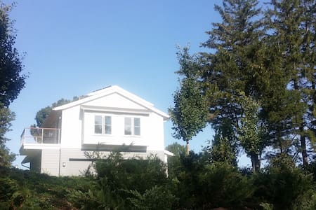 New Guest Suite w/ Lighthouse View! - Cape Elizabeth - Apartamento