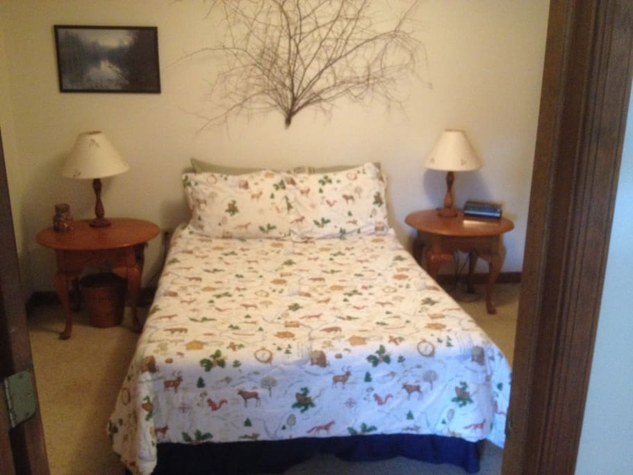 Lower Level Bedroom - Double Bed
