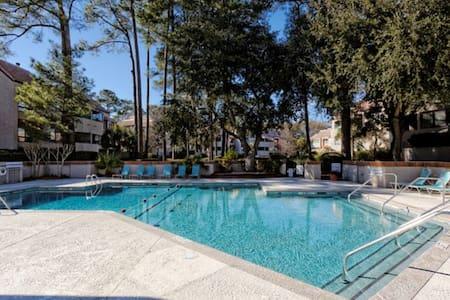 Newly Remodeled 2BR and 2Bath Villa - Hilton Head Island