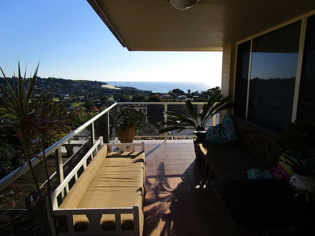 Home with Ocean Views - Forster - Casa
