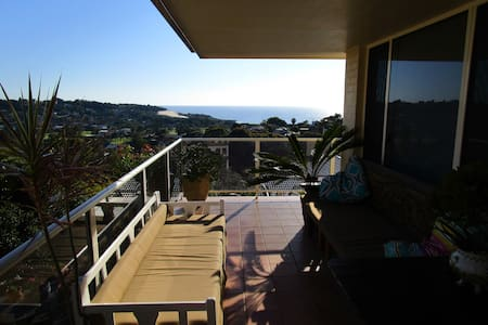 Home with Ocean Views - Forster - Huis