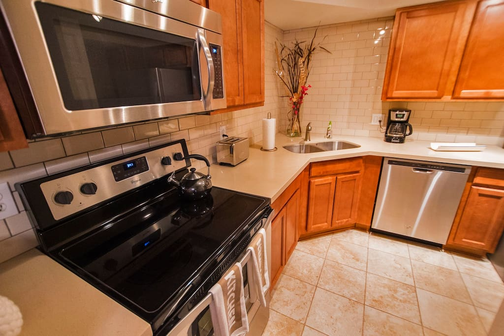 Fully-Stocked Kitchen with Brand New Appliances
