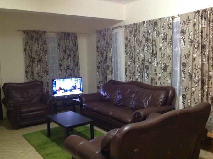 Cozy 3-bed Apartment