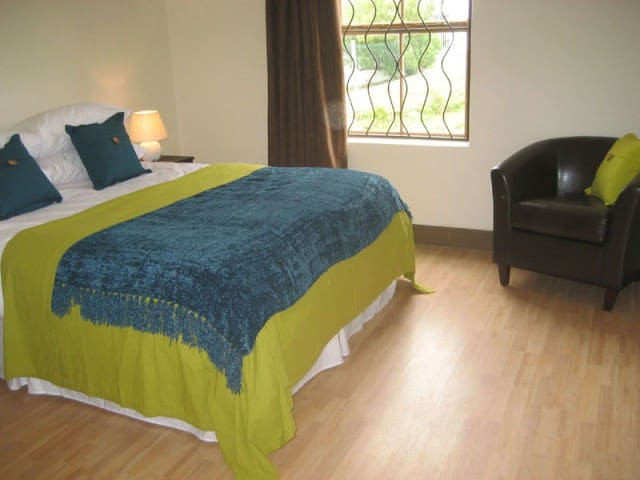 Intaba room @ Epic Guest House in Cape Town