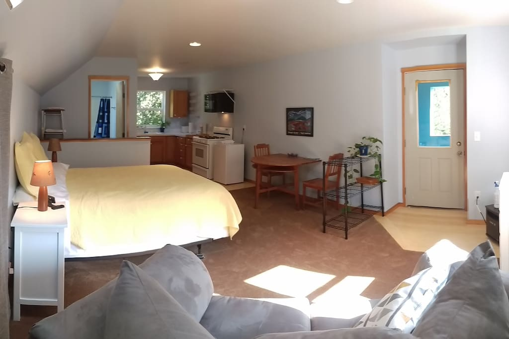 Secluded Yet Centrally Located Apartments For Rent In Bellingham Washington United States