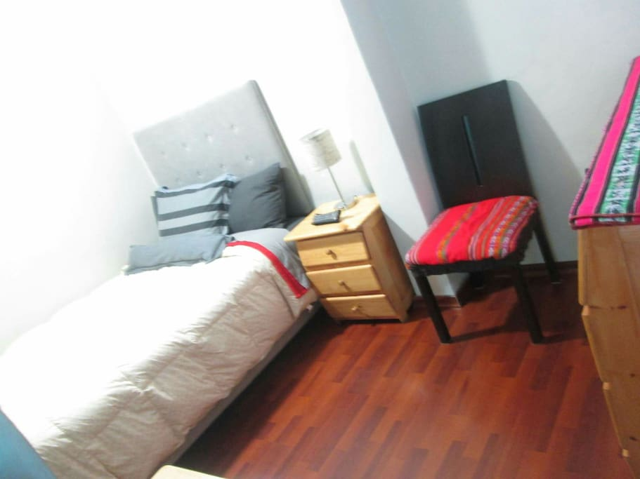 Double bed. Modern & Confortable :)