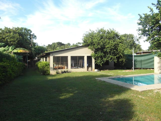 Casa Las Cruces - Db Room, private backyard, pool - Coco - Rumah